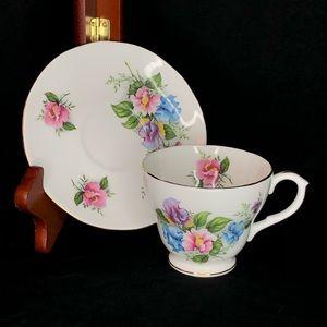 Vtg Royal Winchester Bone China Tea Cup & Saucer